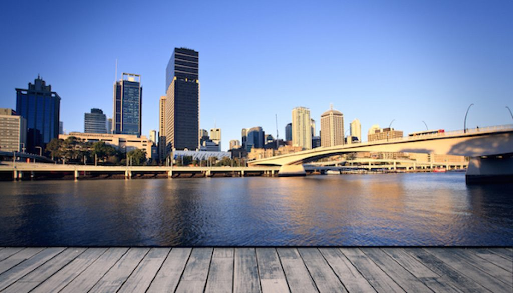 Brisbane city river bridge 600x400pxl